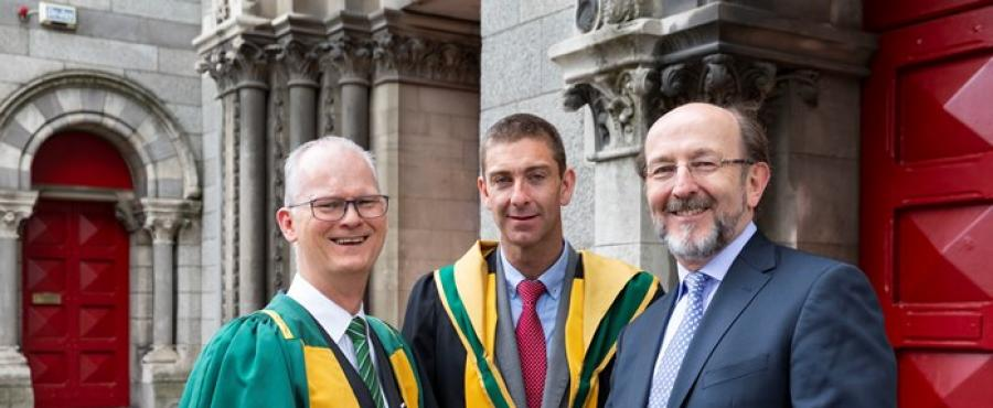Professor Liam Barry (centre) with Professor Michael Peter Kennedy (President of the RIA, left) & Professor Brian MacCraith (DCU President, right)